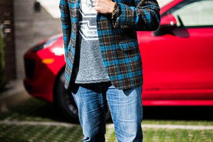 Fashion shoot with Simon Spurr blue plaid sport coat and Crown of Laurel snapback with street fashion photographer, John Ussenko on location in Laguna Beach.