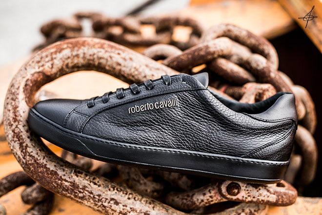 Edgy street fashion photographer, John Ussenko photo shoot with Roberto Cavalli black leather shoe in Long Beach.
